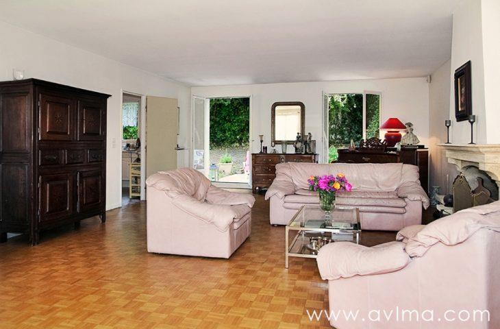 Bailly maison familiale 205m² 8 pièces