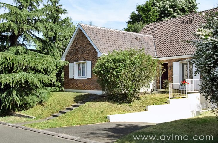 Bailly maison familiale 250m² 8 pièces